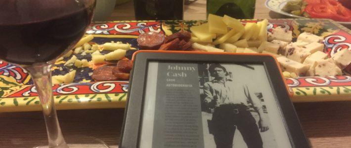 """Gaduła w czerni, czyli """"Cash. Autobiografia"""" Johnny'ego Casha"""